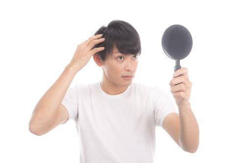 髪を黒くする栄養素?